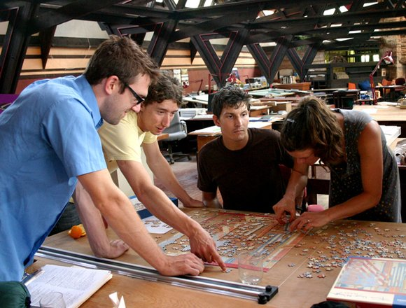 jovenes profesionales arquitectos: